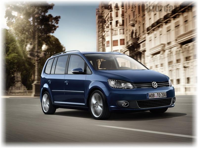 Volkswagen_Touran_1