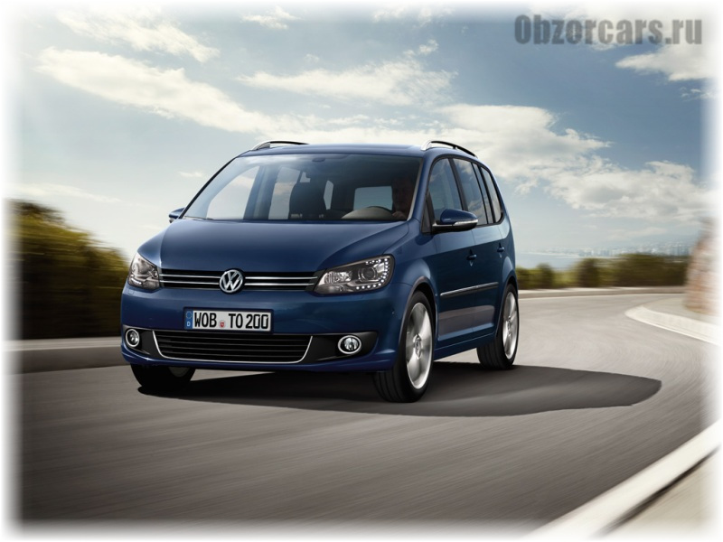 Volkswagen_Touran_2