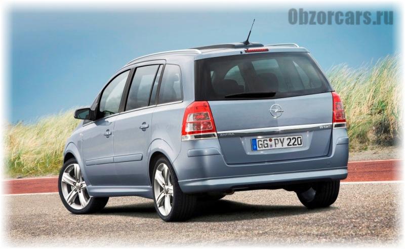 Opel Zafira B 2