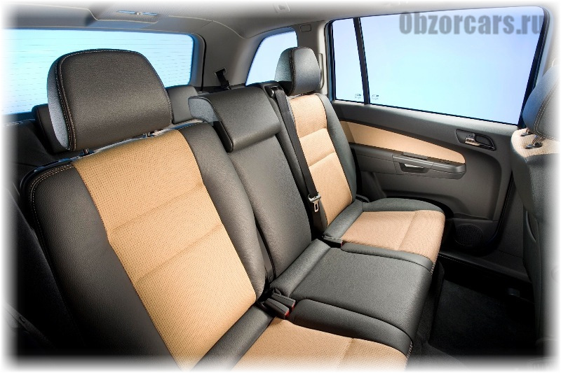 Opel Zafira B 9