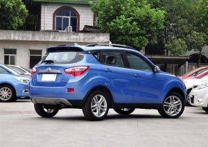 В России появился китайский малогабаритный автомобиль