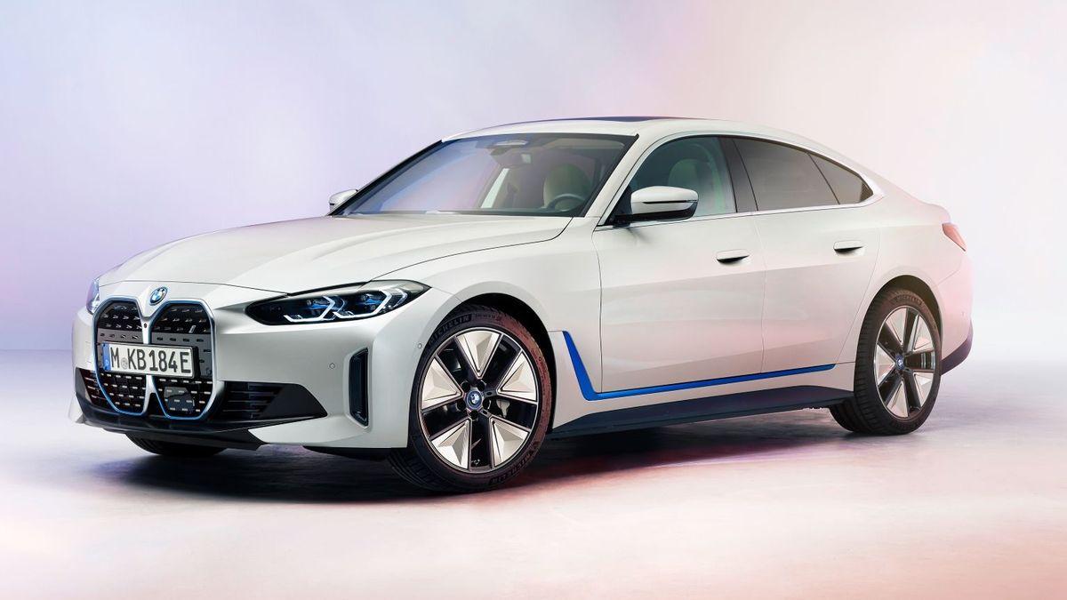 Первый взгляд на BMW i4 2021 года